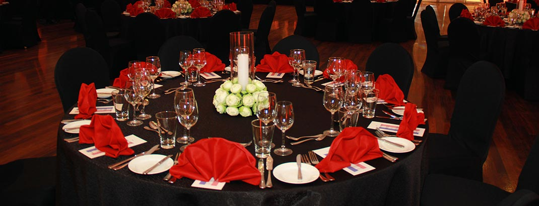 Table Arrangement at the Empire Ball Room
