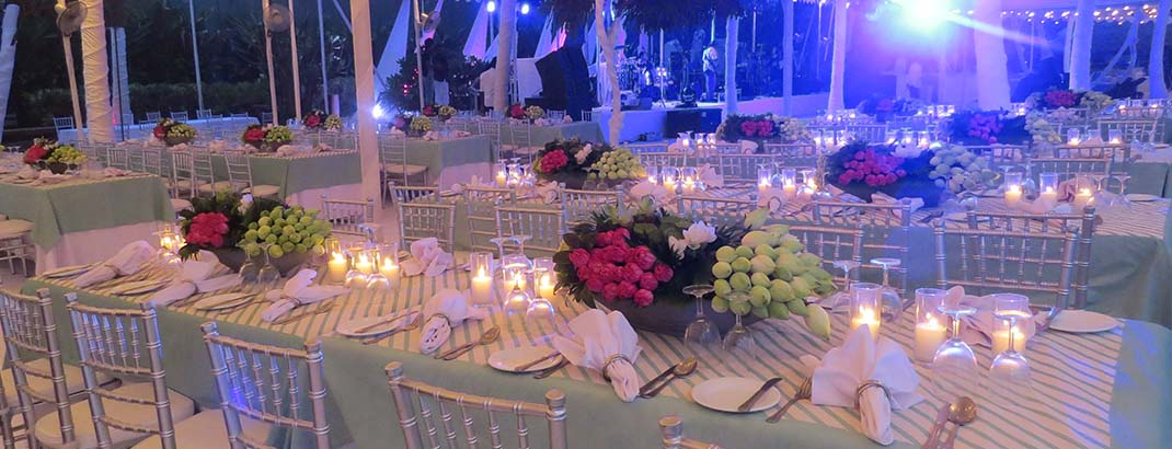 Candle Light Table Arrangement at Tropical Hut Mount Lavinia Hotel